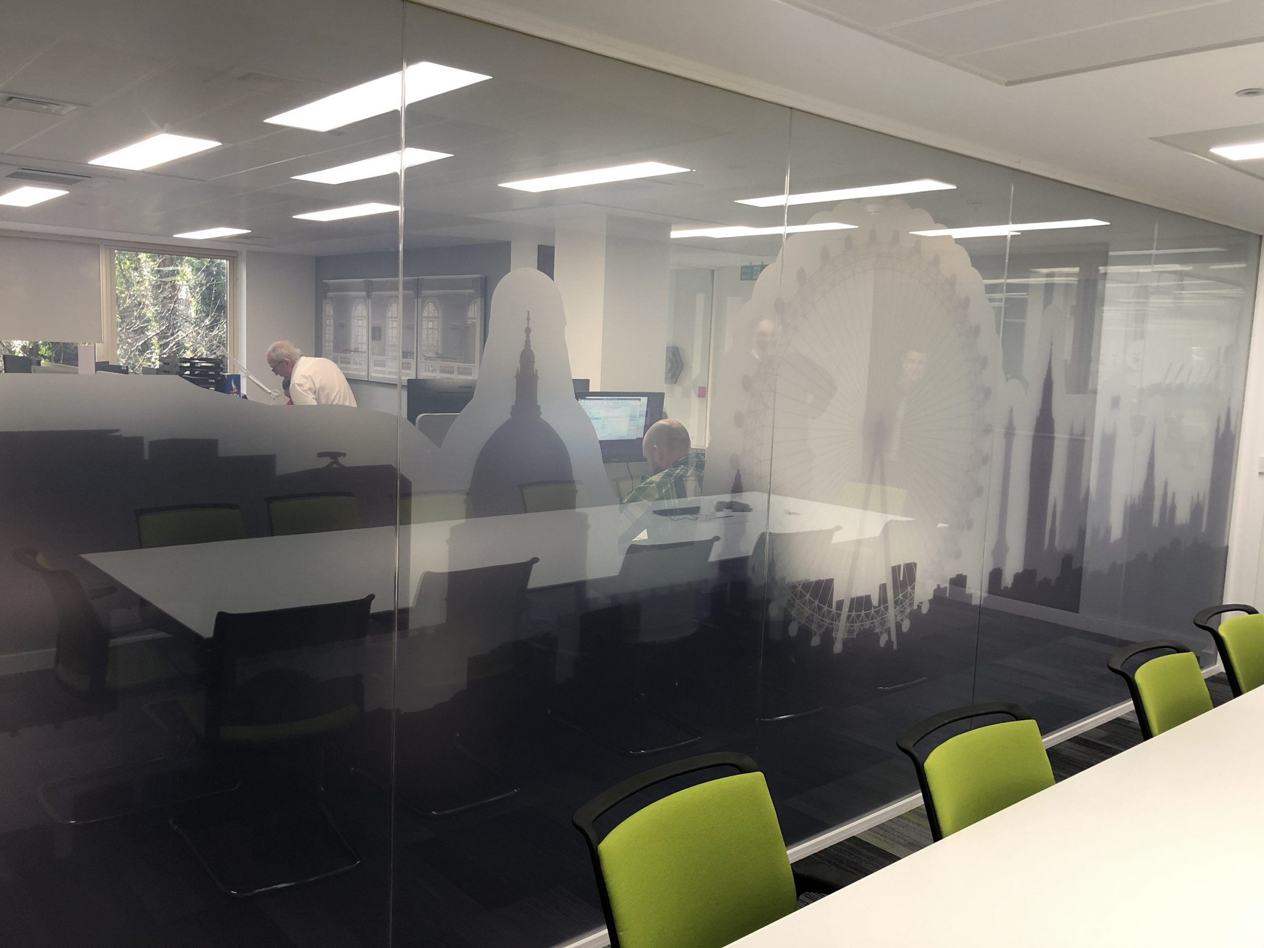 Privacy Glass Boardroom